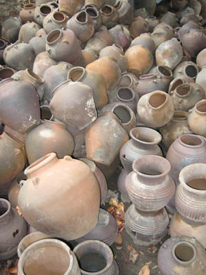 Market Manila Burnay The Clay Pots Of The Ilocos Region